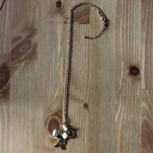 Accessories - Paris/loved themed gold necklace
